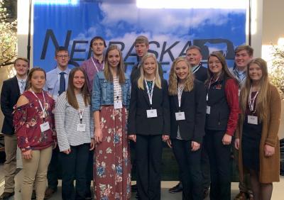 2019 Nebraska 4-H Fed Steer Challenge participants gather for a photo at the 2019 Nebraska Cattlemen Convention